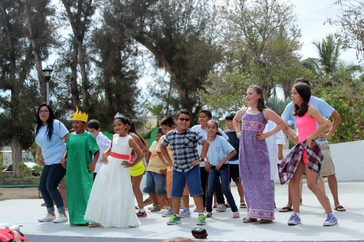 Kids Do It All Todos Santos performance photo